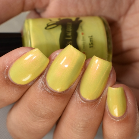 leesha lacquer sun kissed snow drops 3