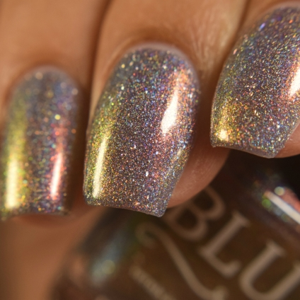 blush lacquers midnight moonbow 2