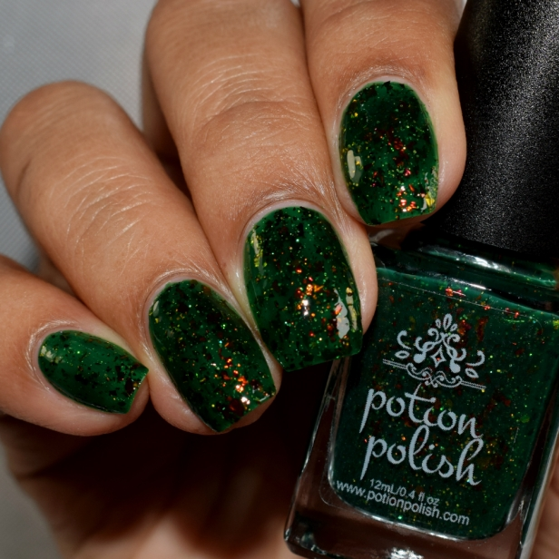 potion polish christmas tree 3